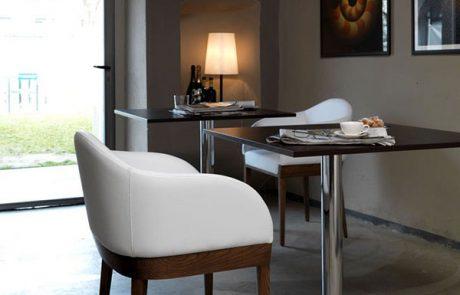 00_restaurants-bars-chaises-agata