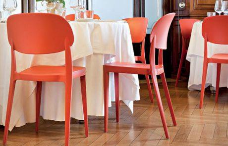 00_restaurants-bars-chaises-amy