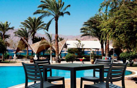 00_restaurants-bars-chaises-artemis-cleo