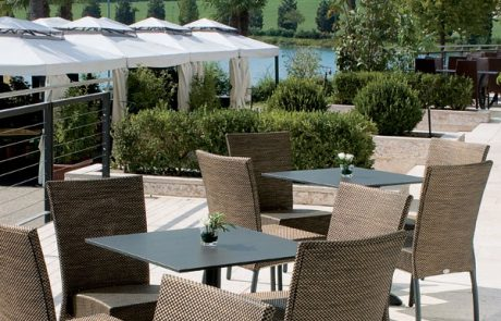 00_restaurants-bars-chaises-denis-yvette