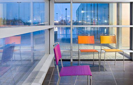 00_restaurants-bars-chaises-estrosa