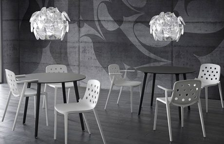 00_restaurants-bars-chaises-isidora