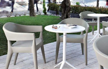 00_restaurants-bars-chaises-jo