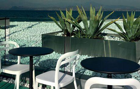 00_restaurants-bars-chaises-julie