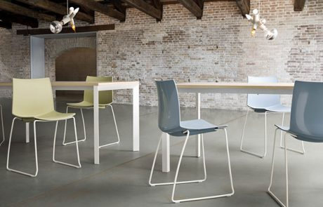 00_restaurants-bars-chaises-kanvas