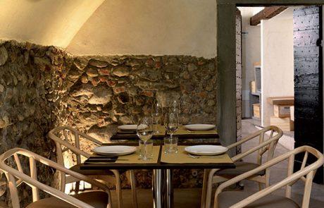 00_restaurants-bars-chaises-marnie