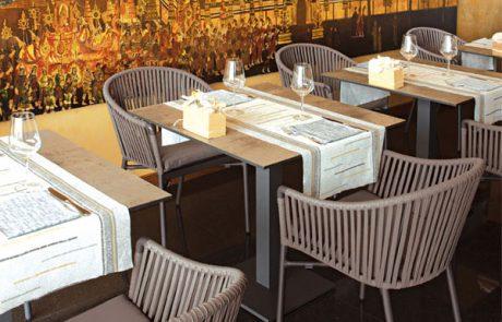 00_restaurants-bars-chaises-megan-karin