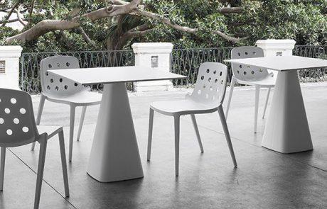00_restaurants-tables-mug