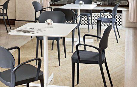 00_restaurants-tables-people