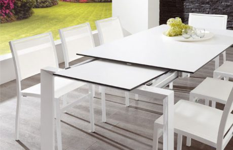 00_restaurants-tables-rhodes