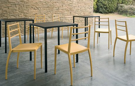 00_restaurants-tables-simply