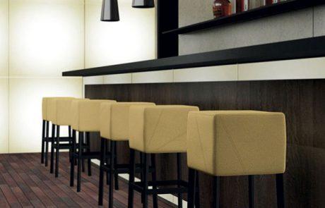 00_restaurants-tabourets-cube